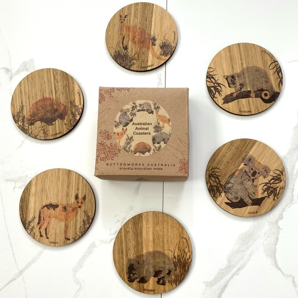 🛍2/$20: Brown Circular Australian Animal Coasters